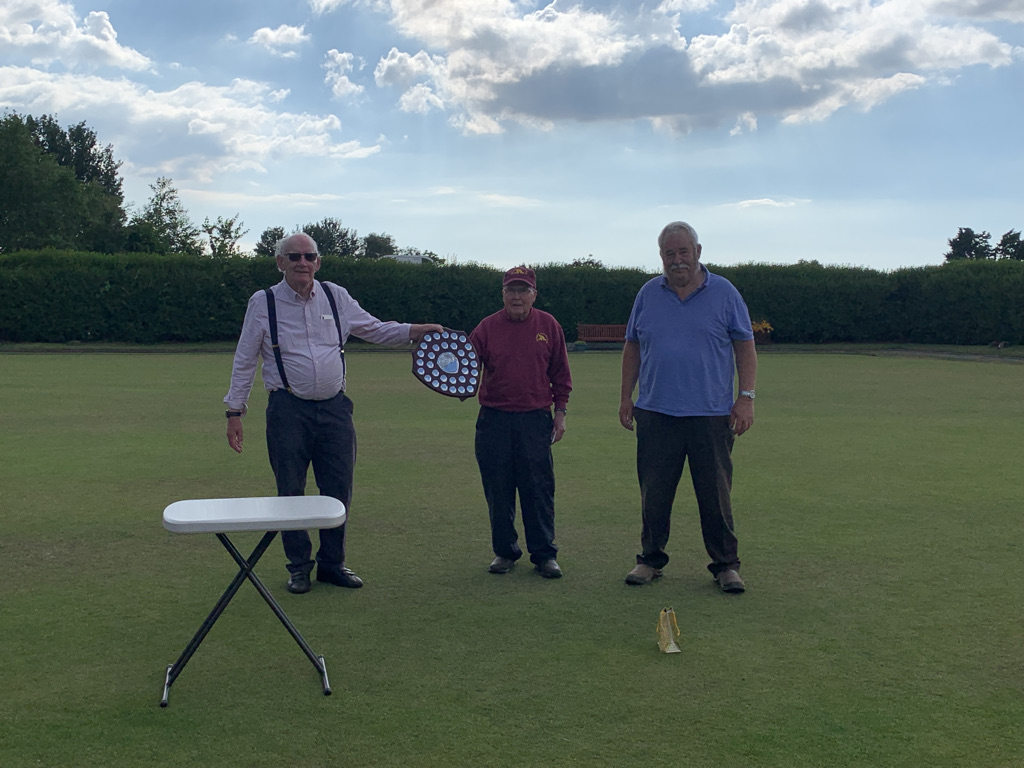 Pres Day 2021 Men's winners Mike Dunlop and Dave Warrior